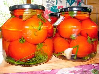 Простой рецепт маринования томатов